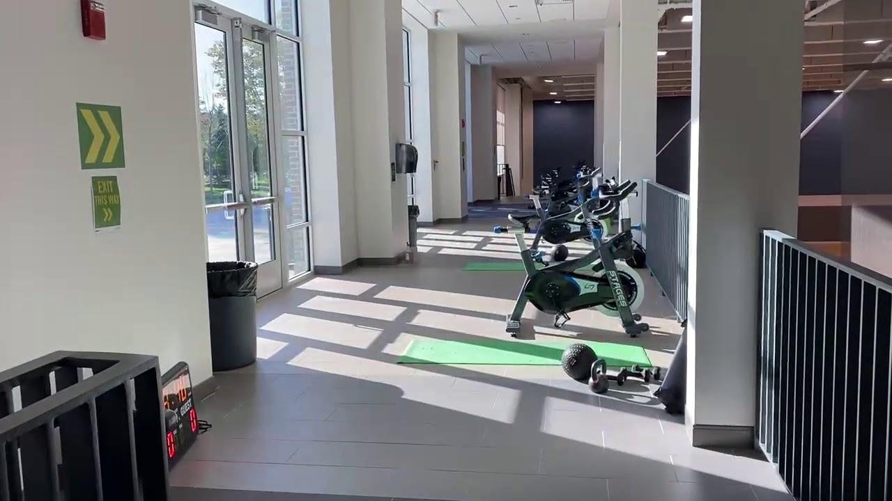 Campus Tour: Inside the Gym (BRAC) pt 1